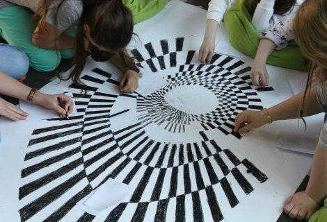 """Workshop 2: """"Linie– Schatten – Stift – Zeichnerische Experimente"""""""