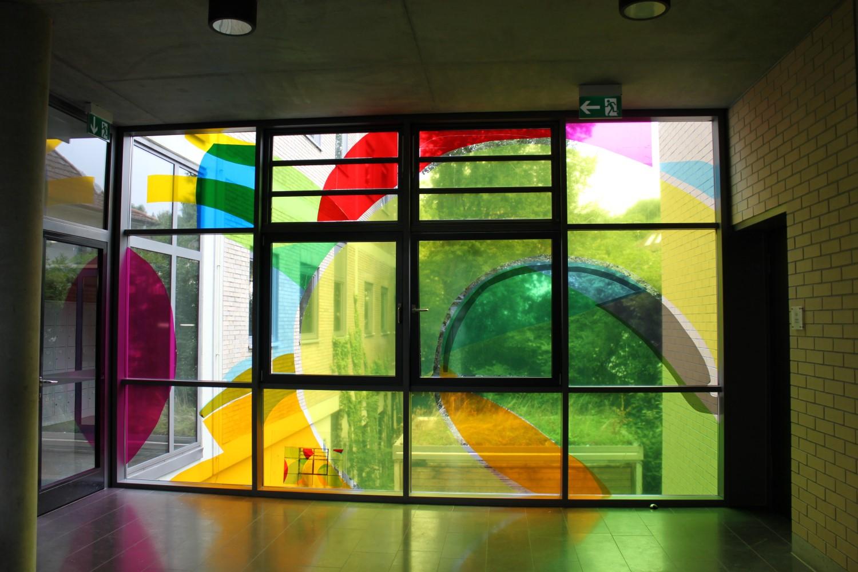 """Fensterfolienprojekt """"Lichtgestalten"""""""